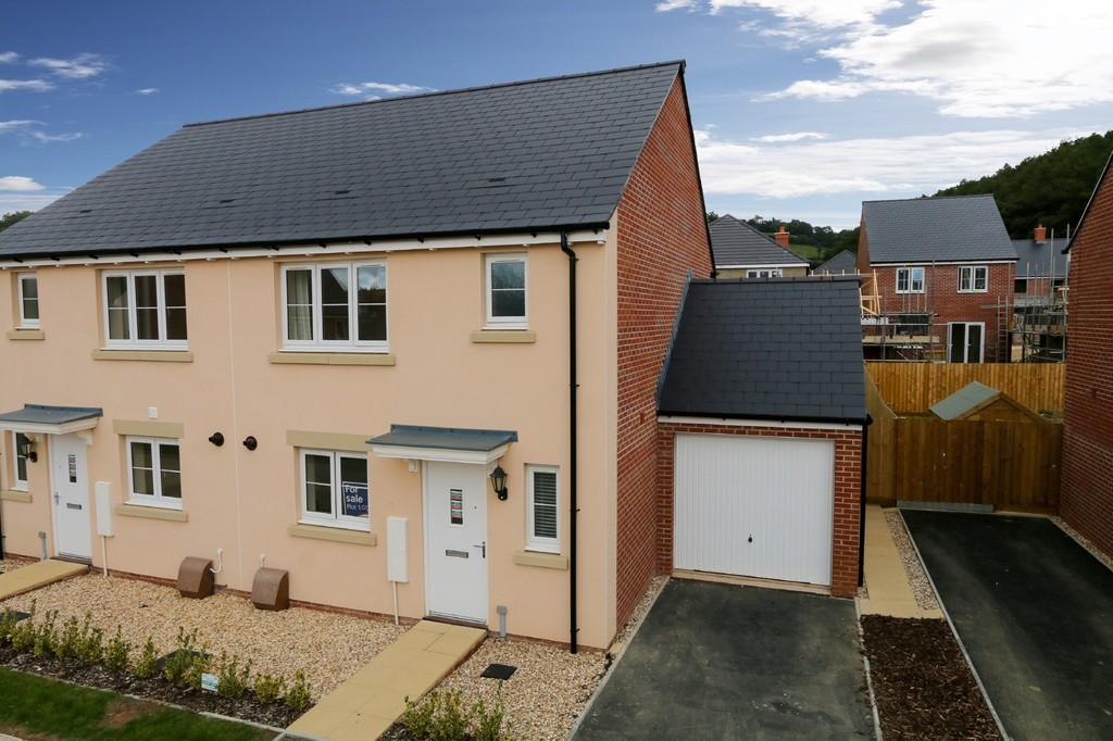 3 Bedrooms Semi Detached House for sale in WIlliams Gate, Bovey Tracey