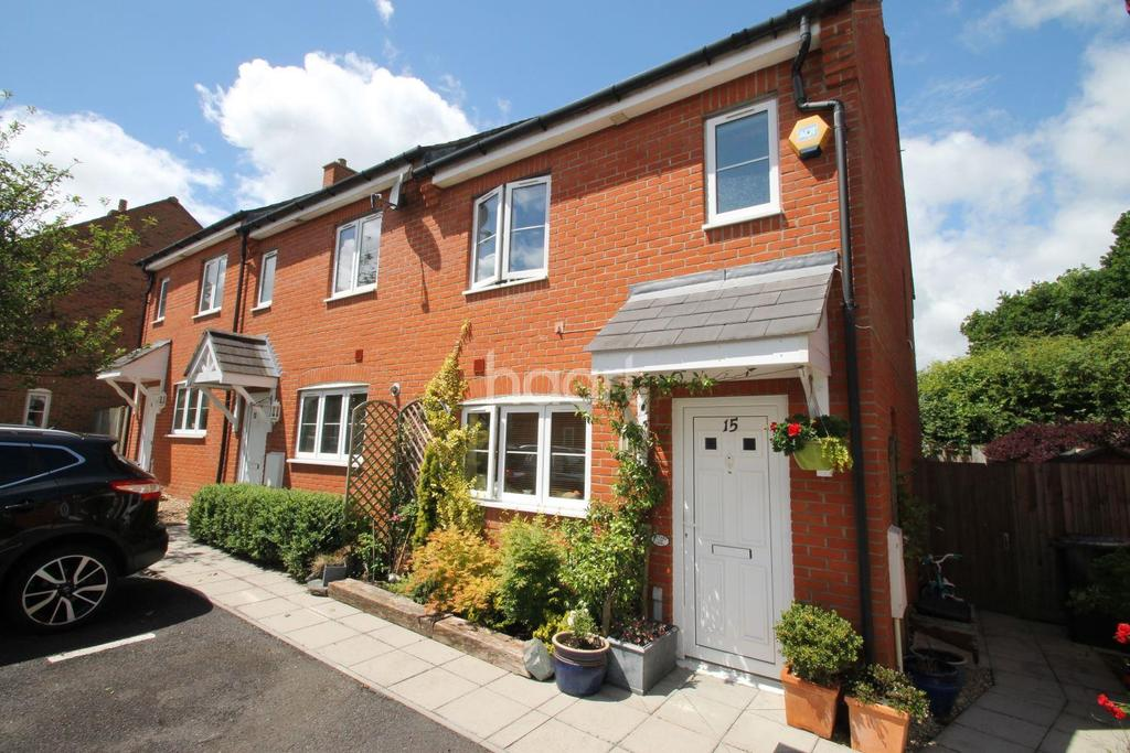 3 Bedrooms End Of Terrace House for sale in Charlton Drive, Petersfield