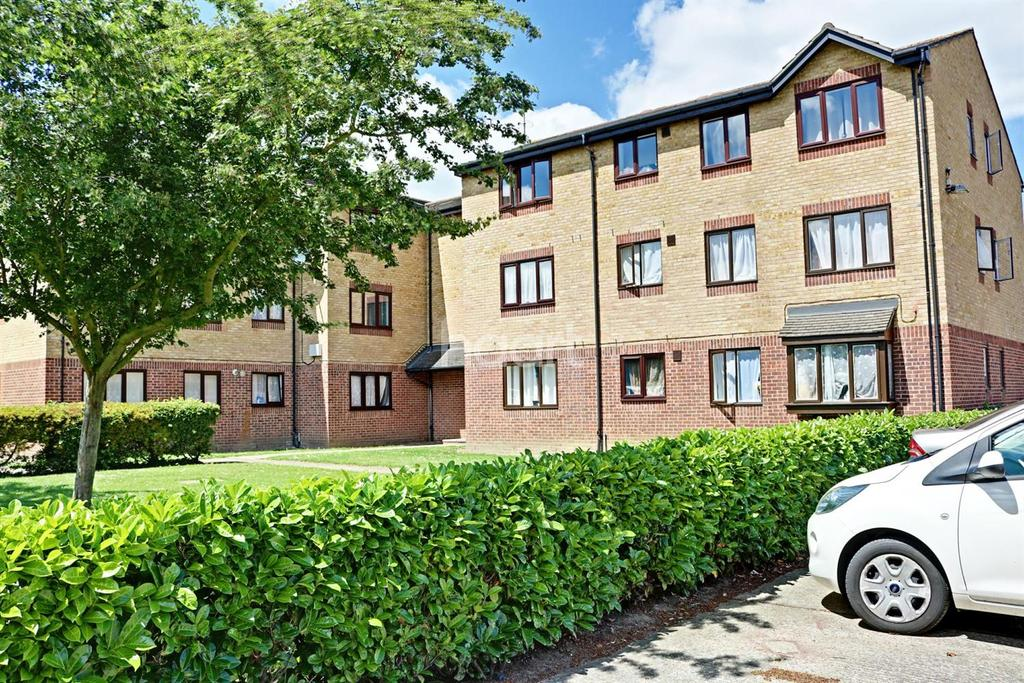 1 Bedroom Flat for sale in Honey Close