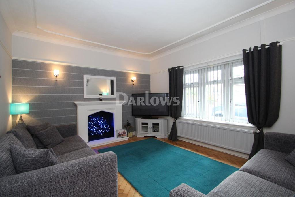 3 Bedrooms Bungalow for sale in Heol Gabriel, Whitchurch, Cardiff