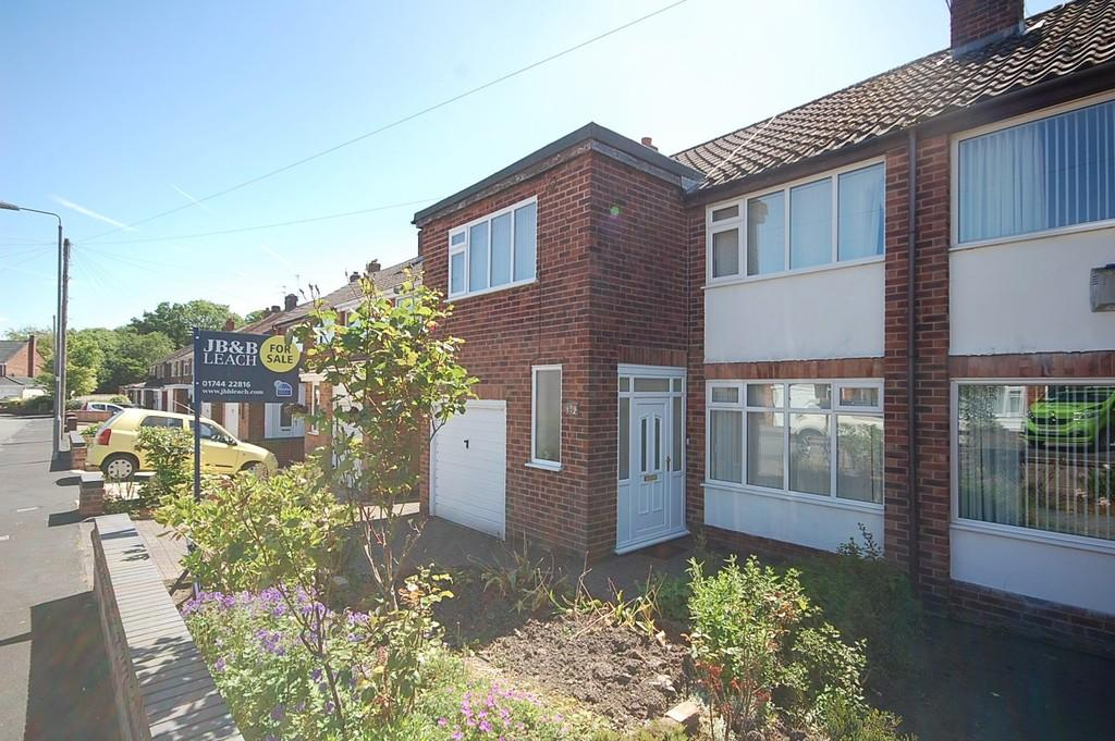 4 Bedrooms Semi Detached House for sale in Laurel Drive, Eccleston, St. Helens