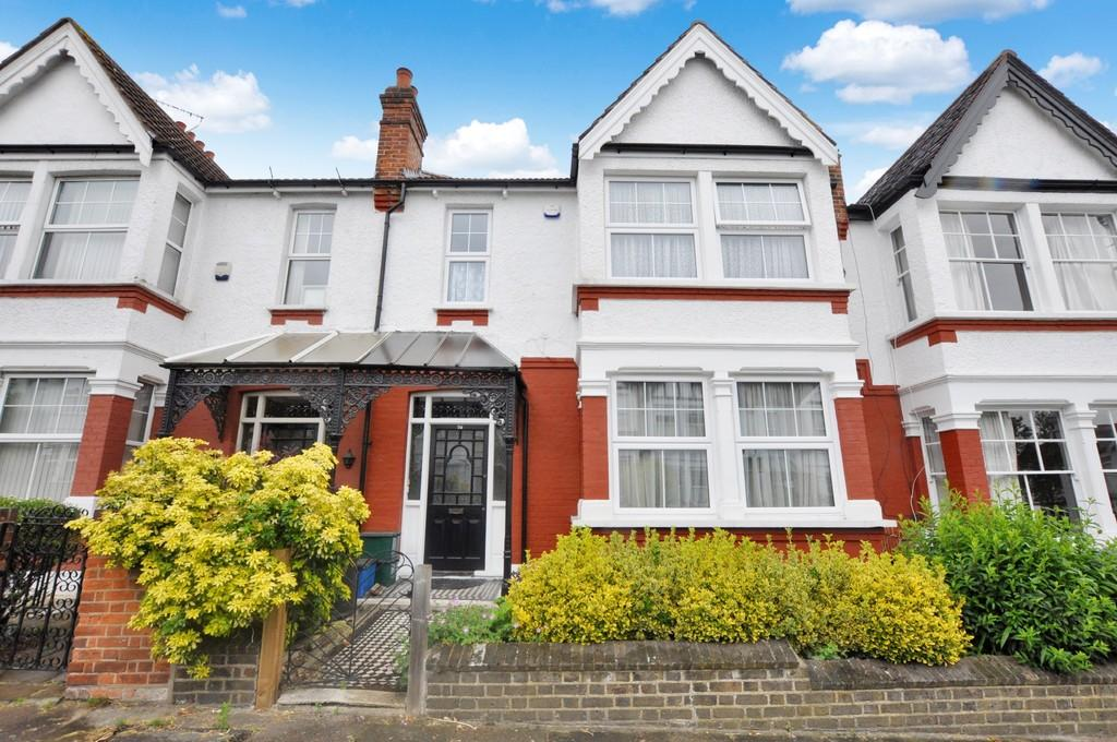 5 Bedrooms Terraced House for sale in Chester Road, Wanstead