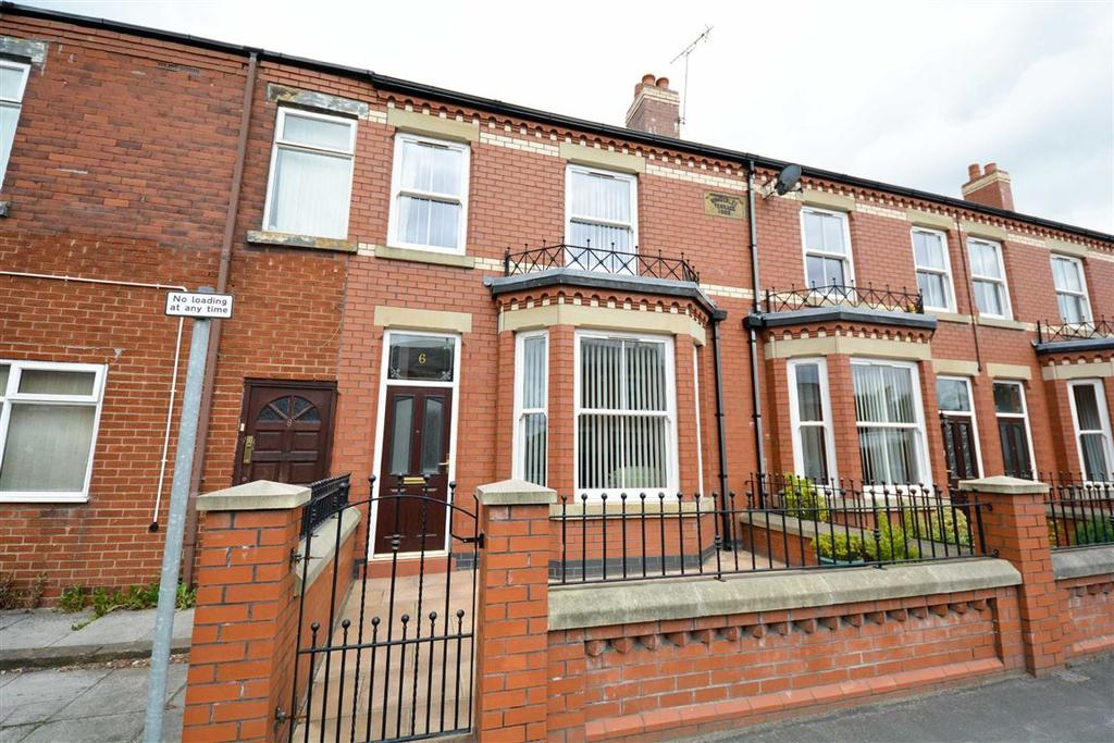3 Bedrooms Terraced House for sale in Woodhouse Lane, Springfield, Wigan, WN6