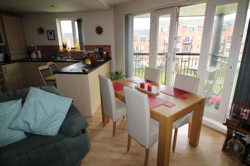 2 Bedrooms Apartment Flat for sale in Ellerman Road