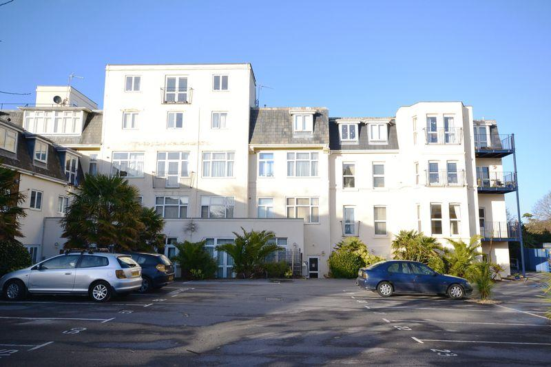 2 Bedrooms Apartment Flat for sale in Sanderling, Owls Road, Bournemouth