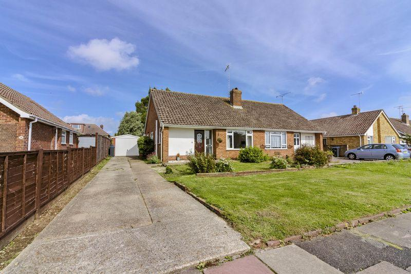 2 Bedrooms Bungalow for sale in Ainsdale Road, Worthing