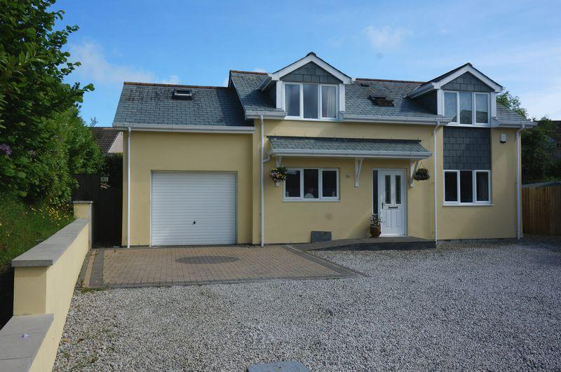2 Bedrooms Detached House for sale in Tavistock Road, Callington