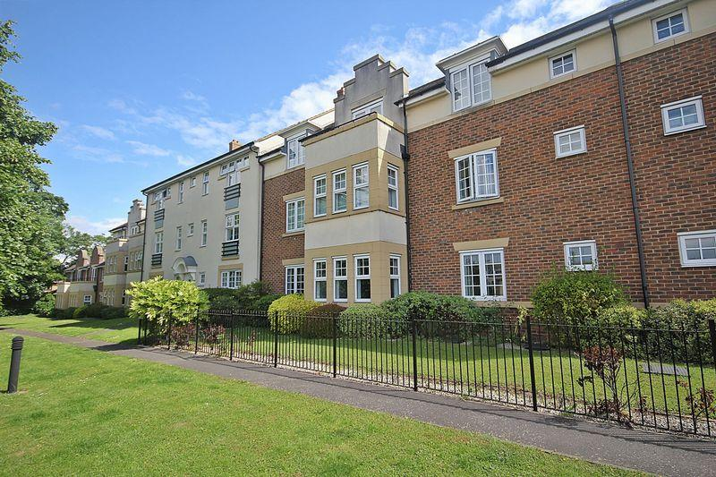 1 Bedroom Apartment Flat for sale in The Hawthorns, Flitwick