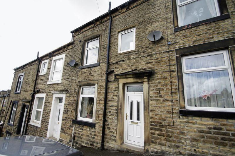 2 Bedrooms House for sale in Siddal Street, Halifax