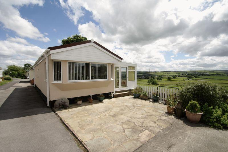 2 Bedrooms Retirement Property for sale in Upper Abbots Royd, Halifax
