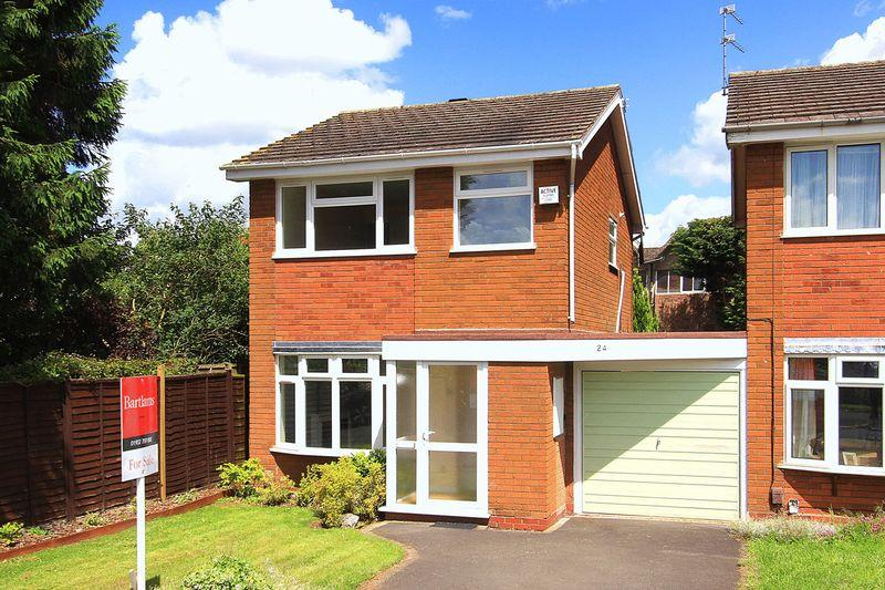 3 Bedrooms Detached House for sale in TETTENHALL, Kirton Grove