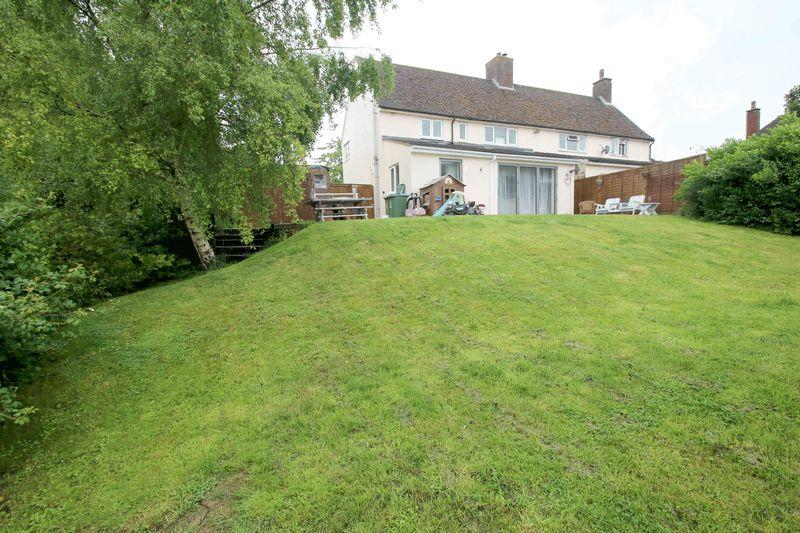3 Bedrooms Semi Detached House for sale in Brill, Buckinghamshire
