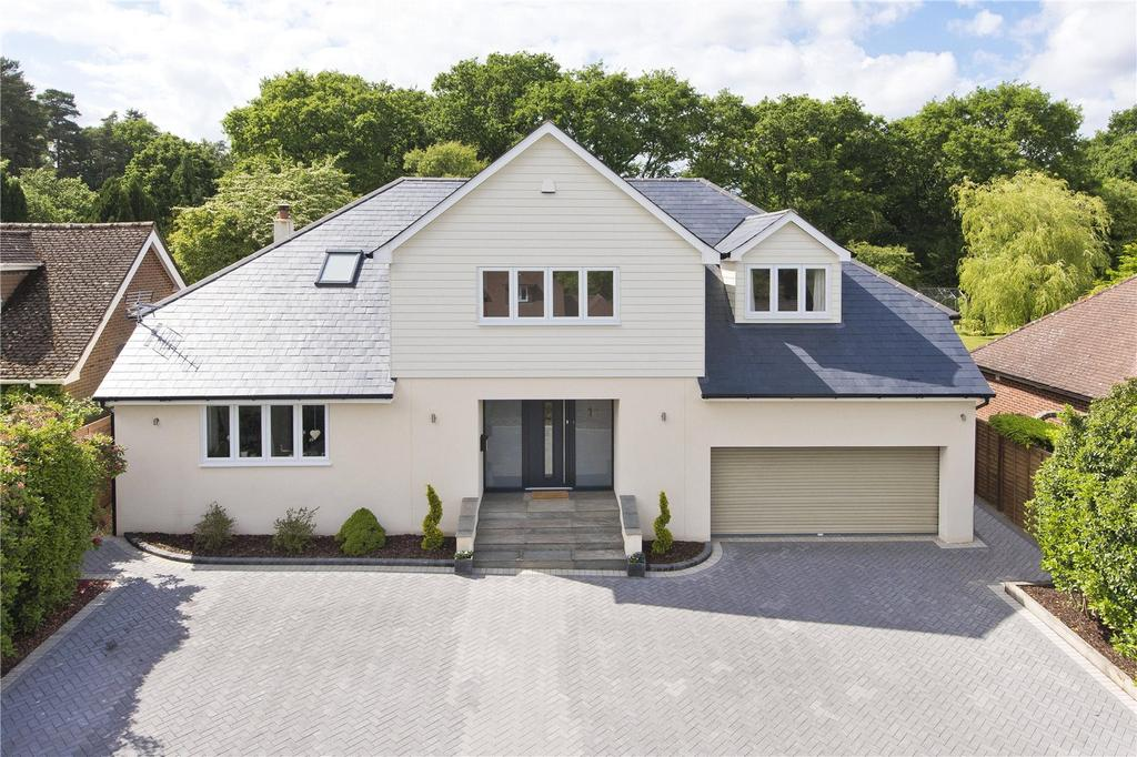 5 Bedrooms Detached House for sale in Abbots Ride, Farnham, Surrey, GU9