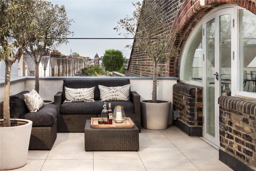 3 Bedrooms Penthouse Flat for sale in Penthouse, Bakery Place, Altenburg Gardens, Clapham, London, SW11