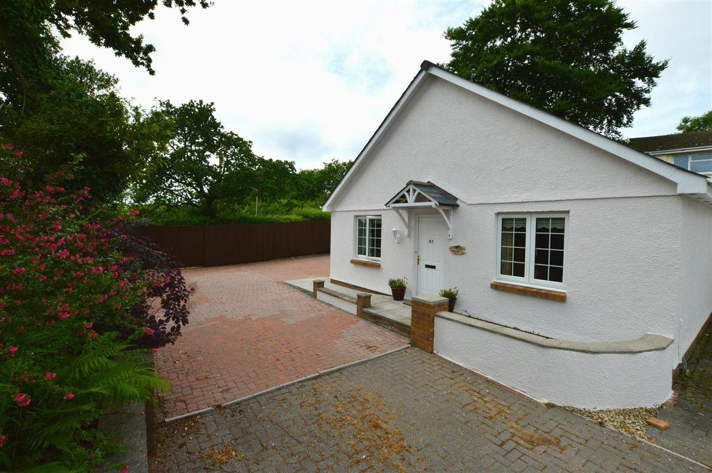 2 Bedrooms Detached Bungalow for sale in Capel Hendre