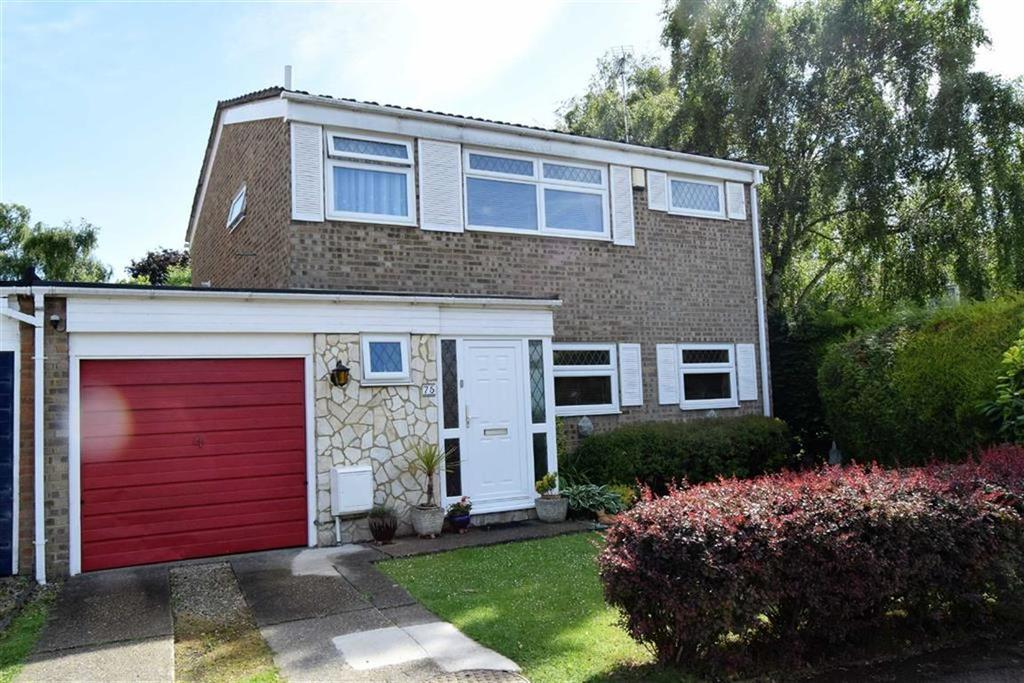 4 Bedrooms Link Detached House for sale in Silverspot Close, Rainham, Kent, ME8