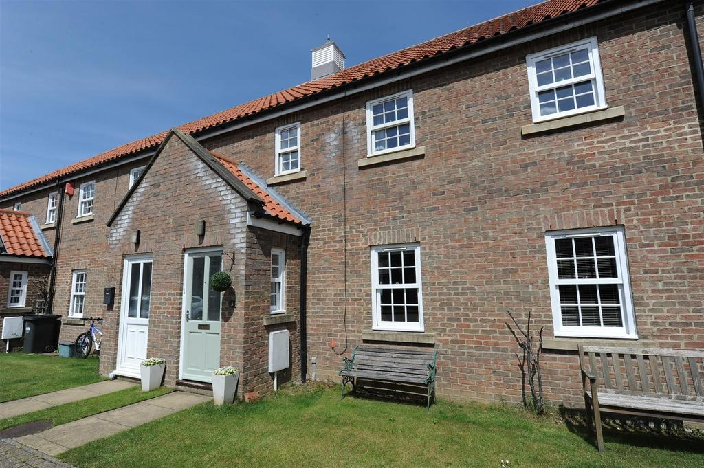 3 Bedrooms Terraced House for sale in Howard Court, Scorton, Richmond