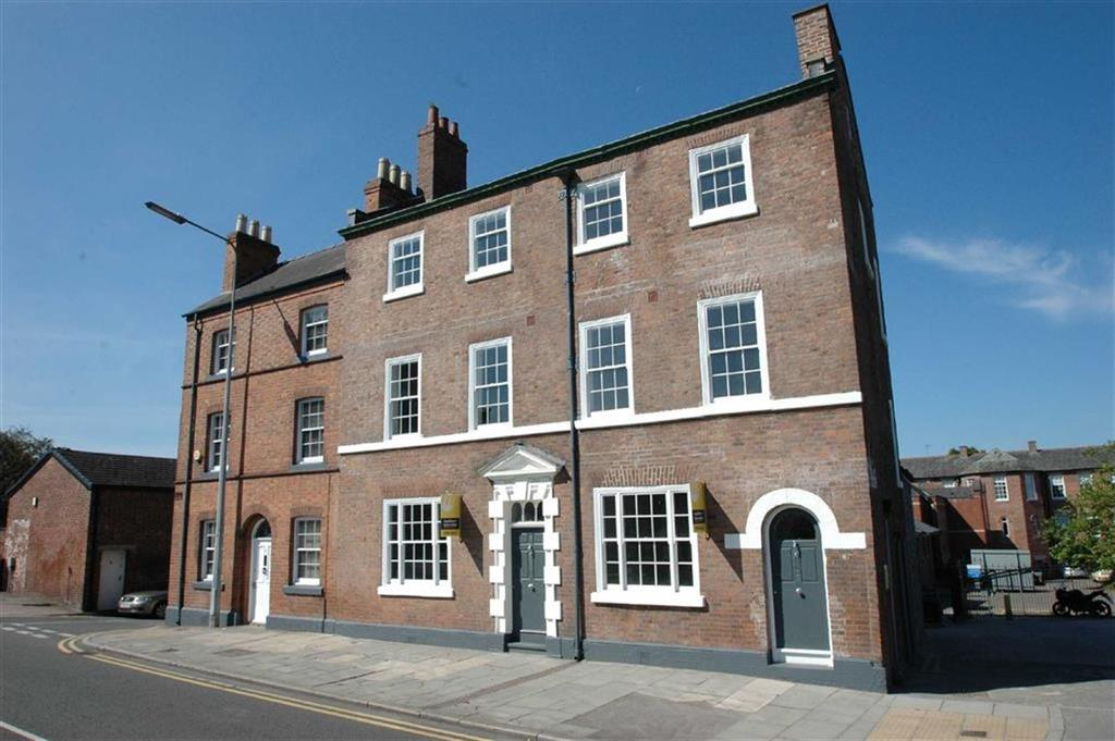 3 Bedrooms Town House for sale in Cromwell Court, St Martins Way, Chester