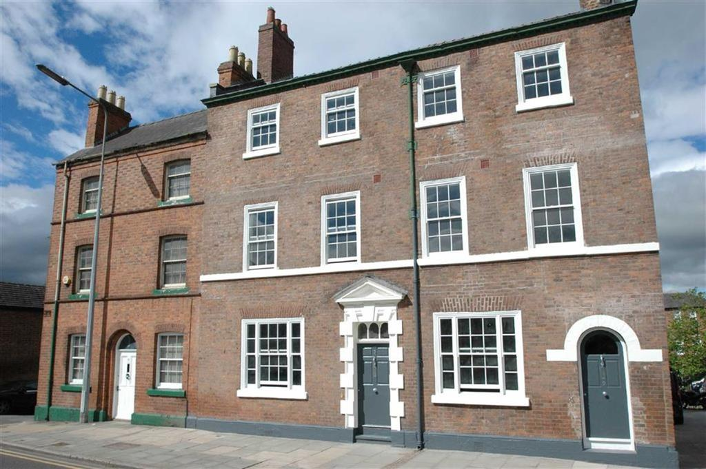4 Bedrooms Town House for sale in Cromwell Court, St Martins Way, Chester