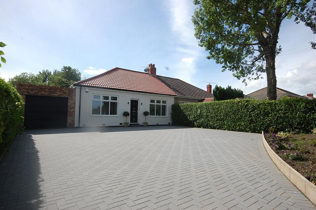 3 Bedrooms Semi Detached Bungalow for sale in Whickham