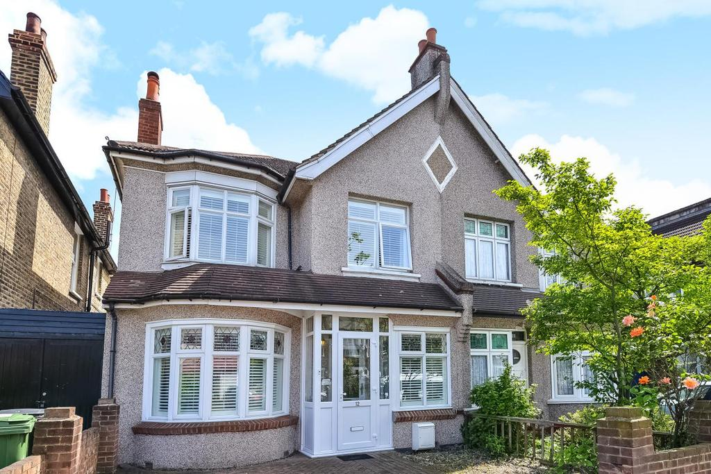 4 Bedrooms Semi Detached House for sale in Newquay Road, Catford, SE6