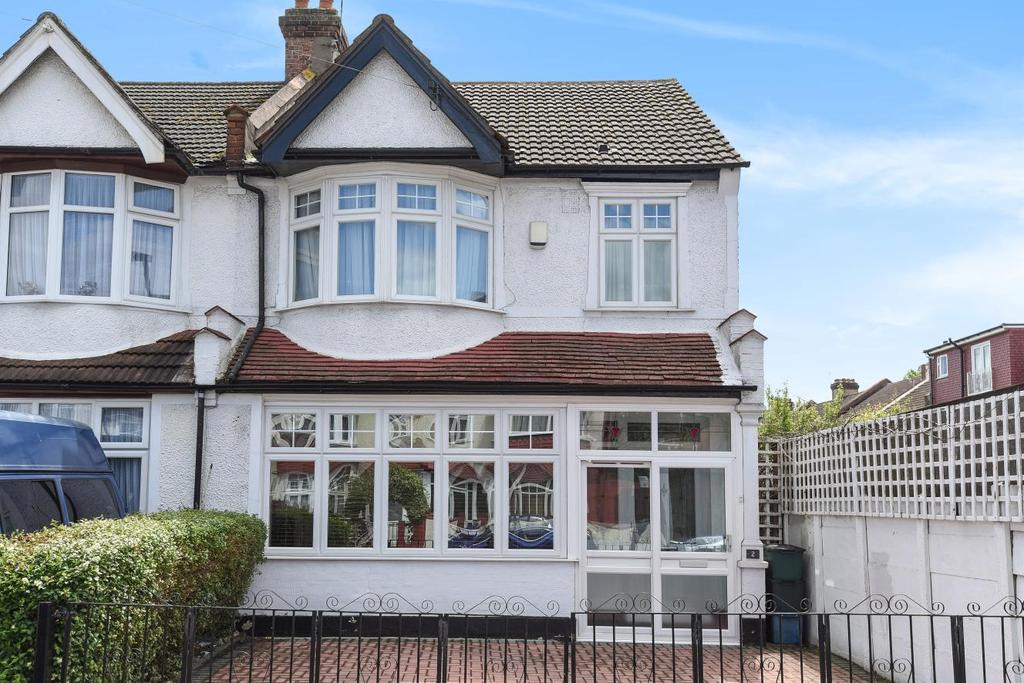 3 Bedrooms Terraced House for sale in Winterbourne Road, Thornton Heath, CR7