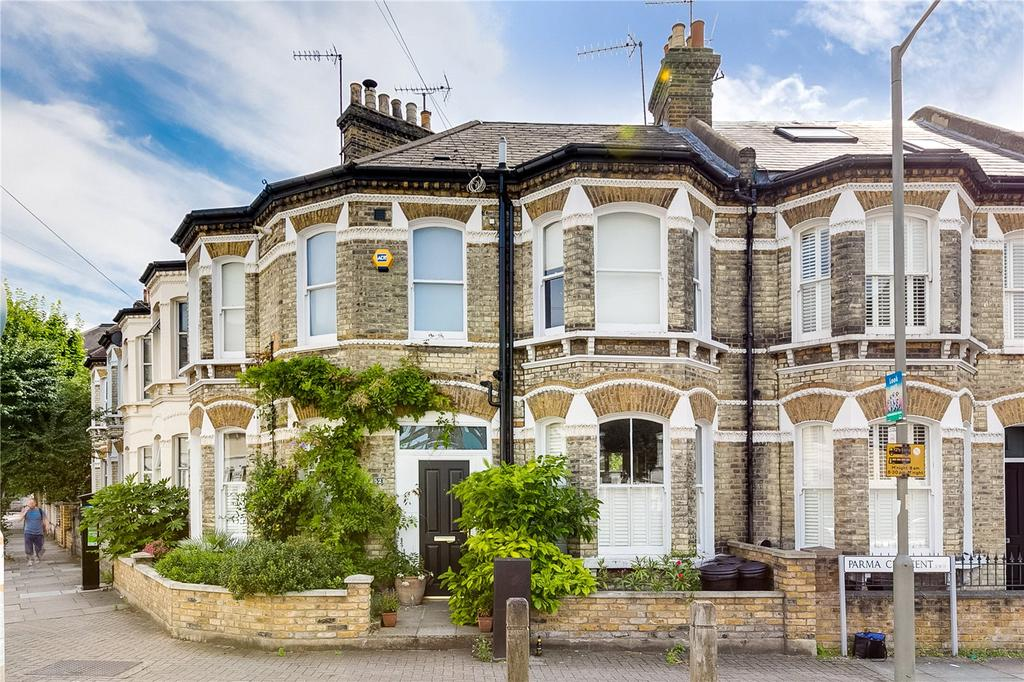 4 Bedrooms Terraced House for sale in Parma Crescent, Battersea, London