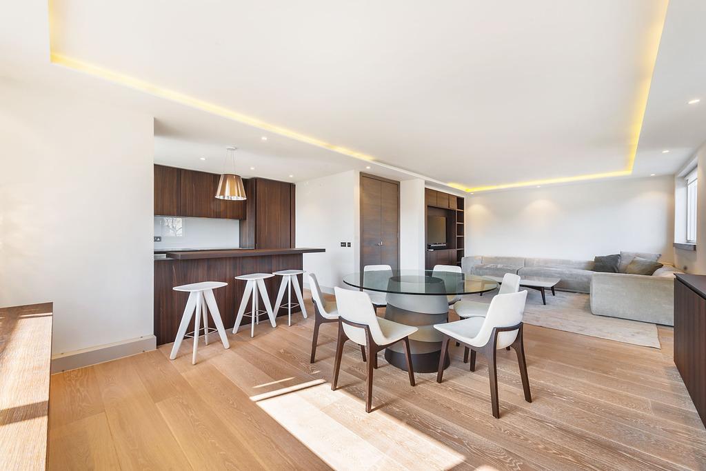 2 Bedrooms Flat for sale in Kinnerton Street , Belgravia