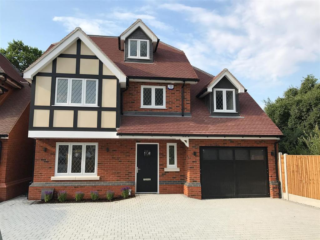 5 Bedrooms Detached House for sale in Plot 5, Swale Mews, Swale Road, Thundersley