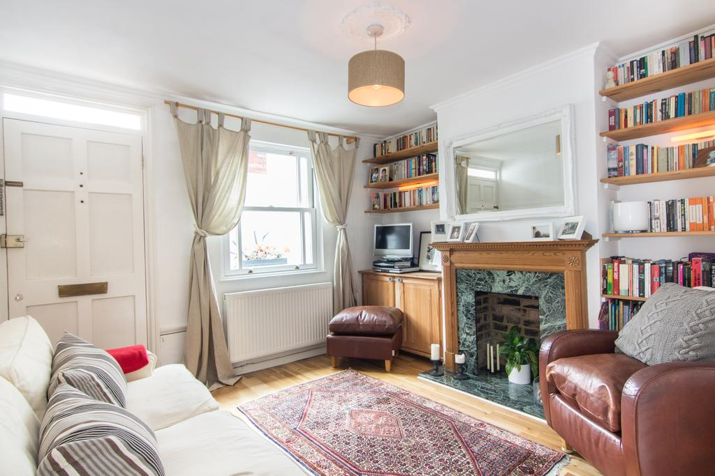 2 Bedrooms House for sale in Enfield Walk, Brentford