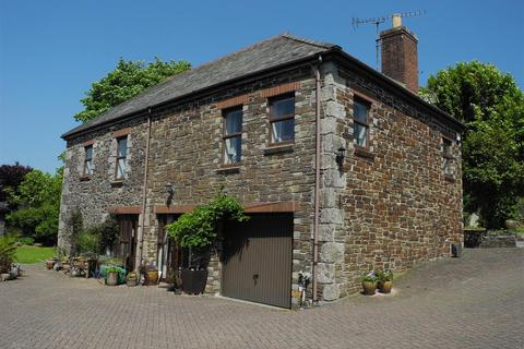 6 bedroom property for sale - Kilhallon, Par