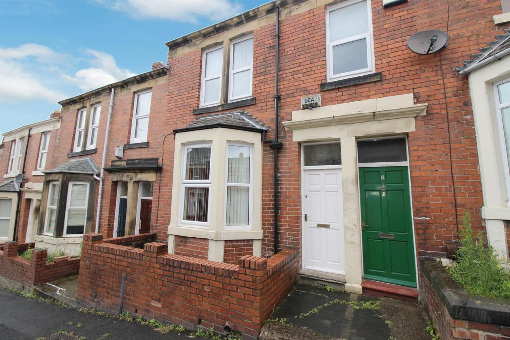 2 Bedrooms Flat for sale in Saltwell Street, Gateshead
