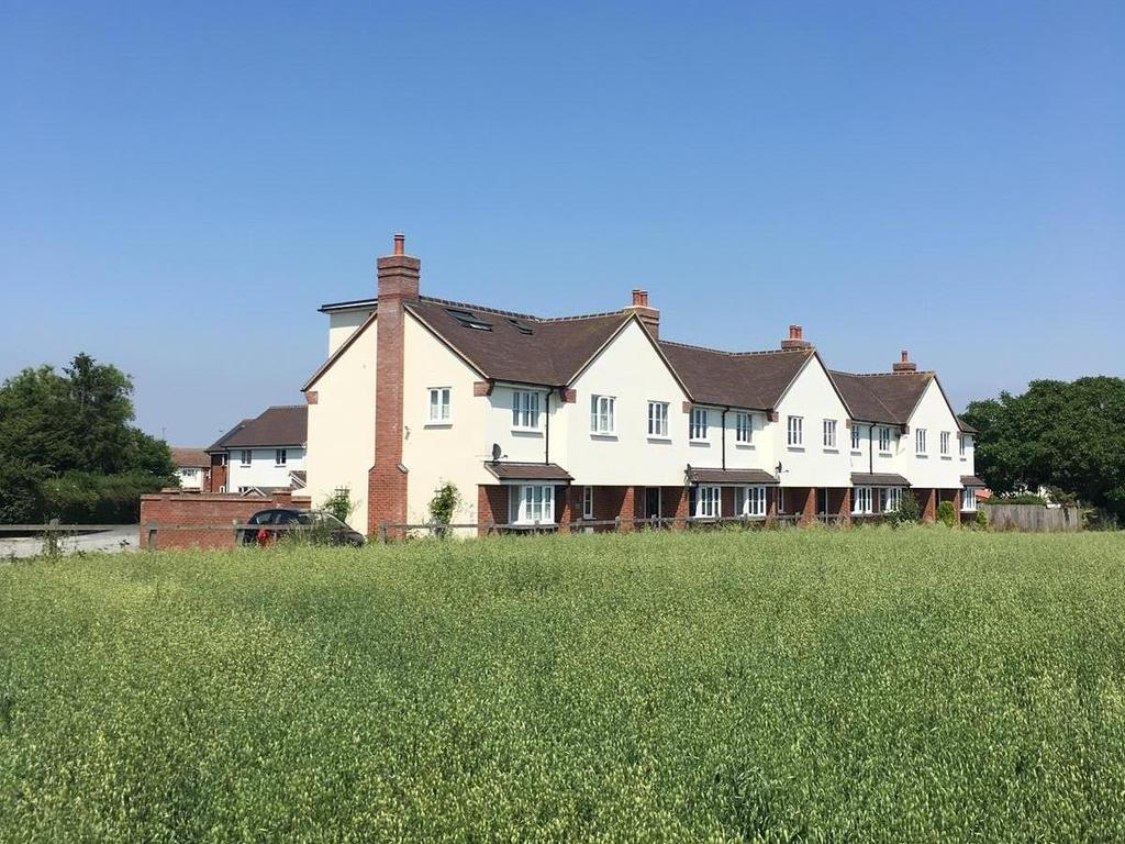 4 Bedrooms End Of Terrace House for sale in Hunts Drive, Writtle, Chelmsford, Essex, CM1