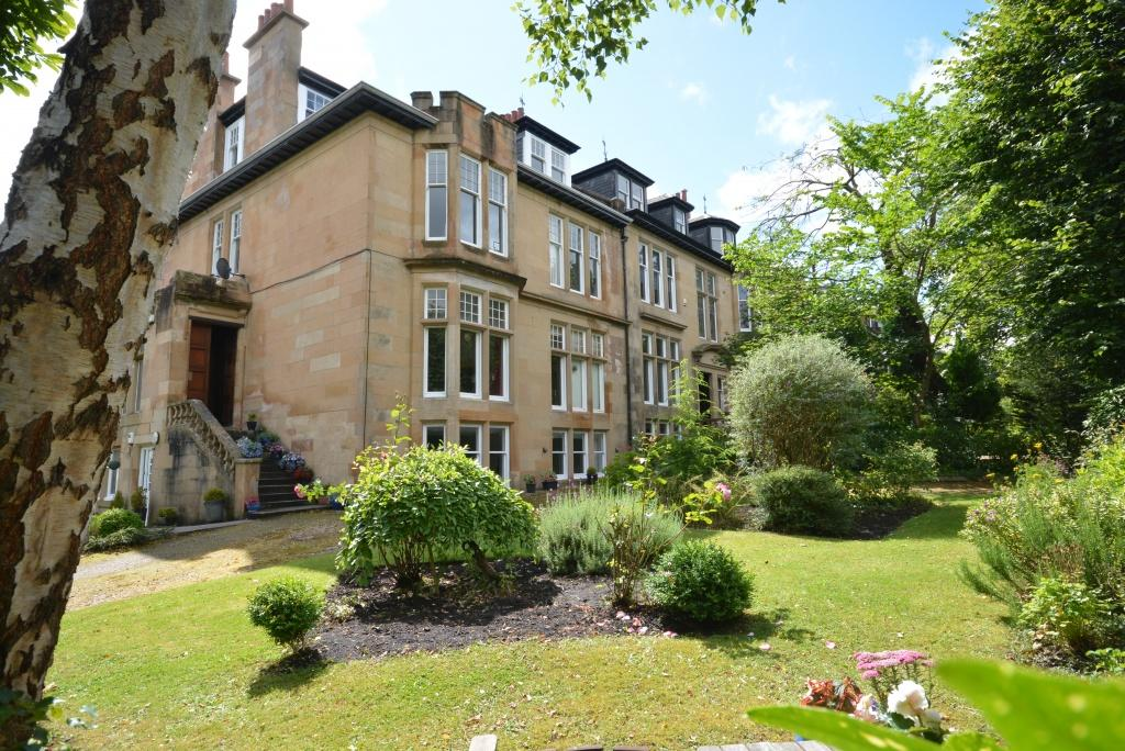 2 Bedrooms Apartment Flat for sale in 28 Cleveden Drive, Kelvinside, G12 0RX
