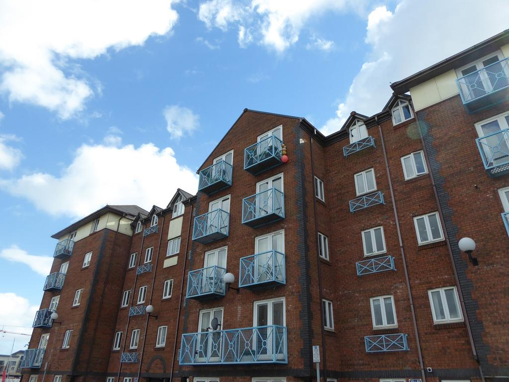 2 Bedrooms Apartment Flat for sale in Mannheim Quay, Maritime Quarter, Swansea, SA1
