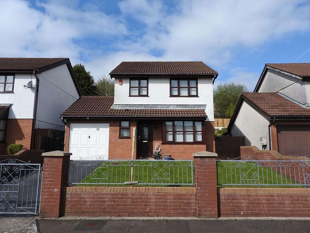 3 Bedrooms Detached House for sale in Parc Avenue, Morriston, Swansea, SA6