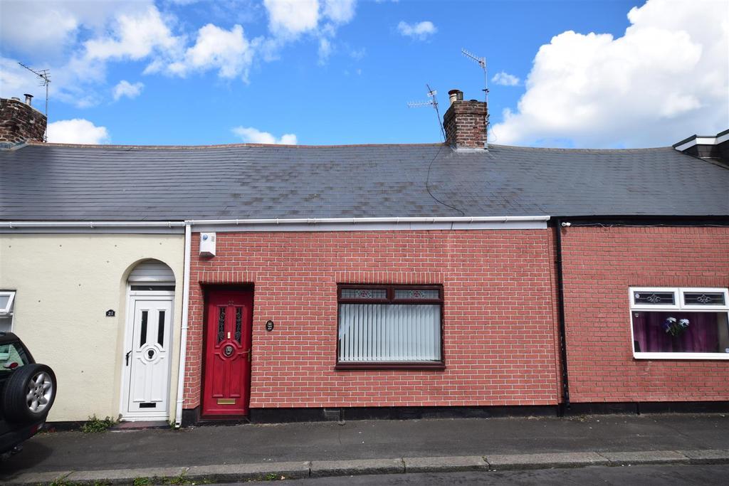 2 Bedrooms Cottage House for sale in Warennes Street, Sunderland