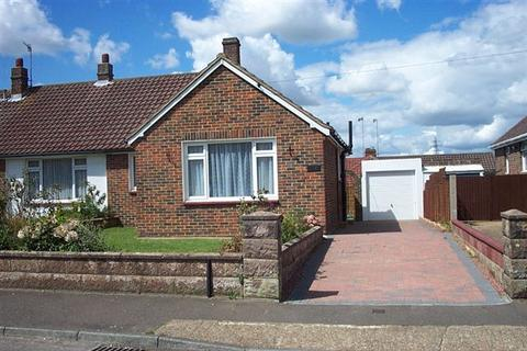 2 bedroom bungalow to rent - Lancing
