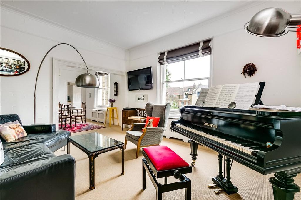 3 Bedrooms Flat for sale in Altenburg Gardens, Battersea, London, SW11