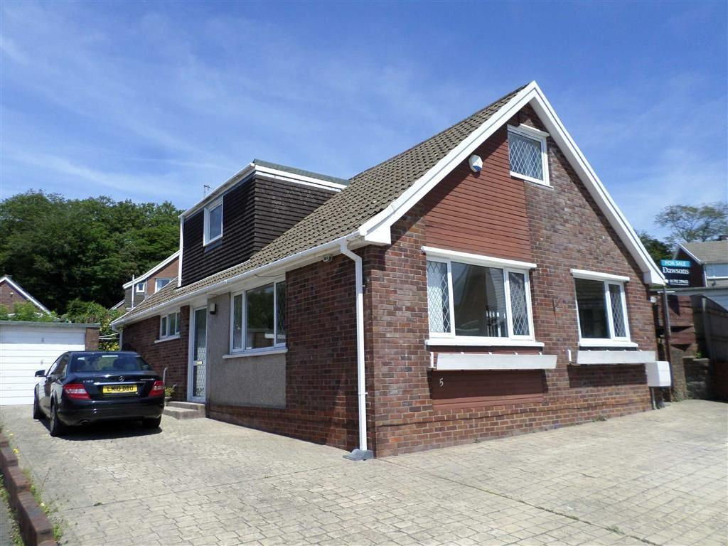 4 Bedrooms Detached Bungalow for sale in Hendrefoilan Close, Swansea, SA2