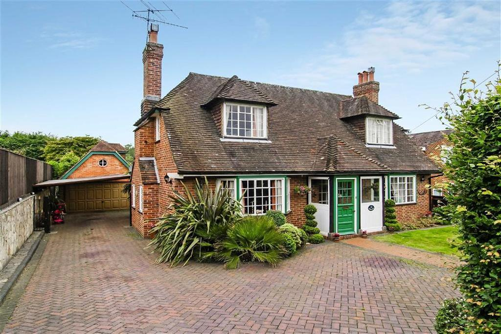 2 Bedrooms Detached House for sale in Springfarm Road, Haslemere, Surrey, GU27