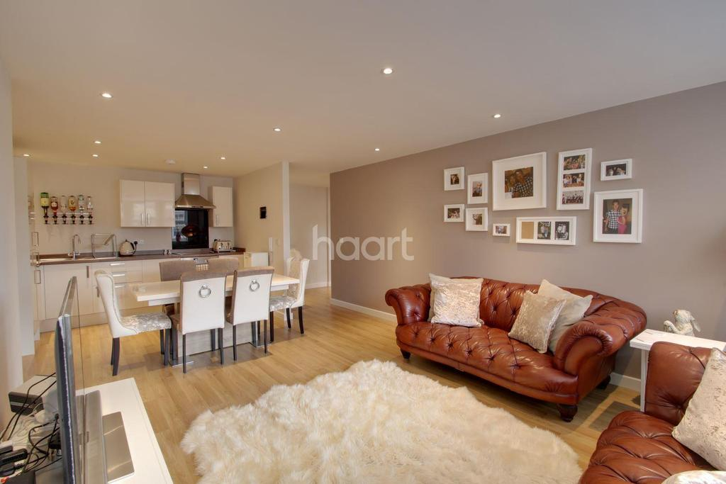 2 Bedrooms Flat for sale in Princes Street, Ipswich