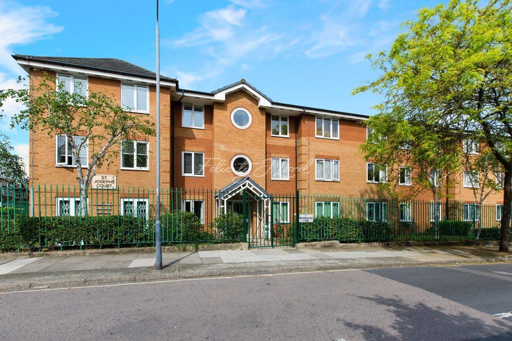 1 Bedroom Flat for sale in St Josephs Court, Bramhope Lane, SE7