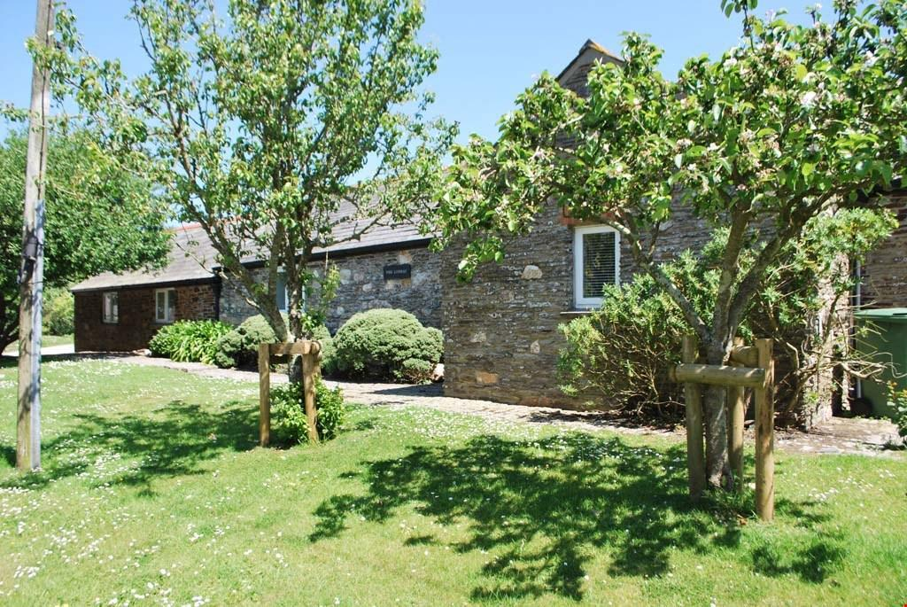 4 Bedrooms Barn Conversion Character Property for sale in Engollan,Nr. Padstow, Cornwall, PL27
