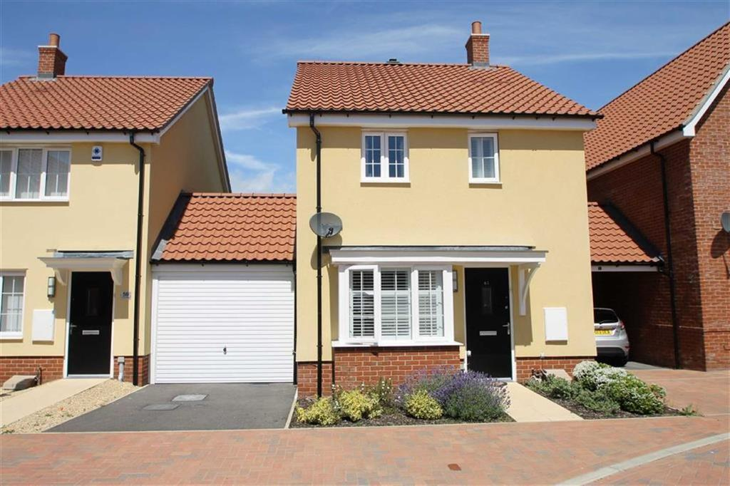 2 Bedrooms Detached House for sale in Cross Road, Clacton-on-Sea