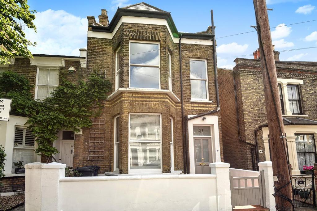 2 Bedrooms Flat for sale in Rothschild Road, Chiswick, W4
