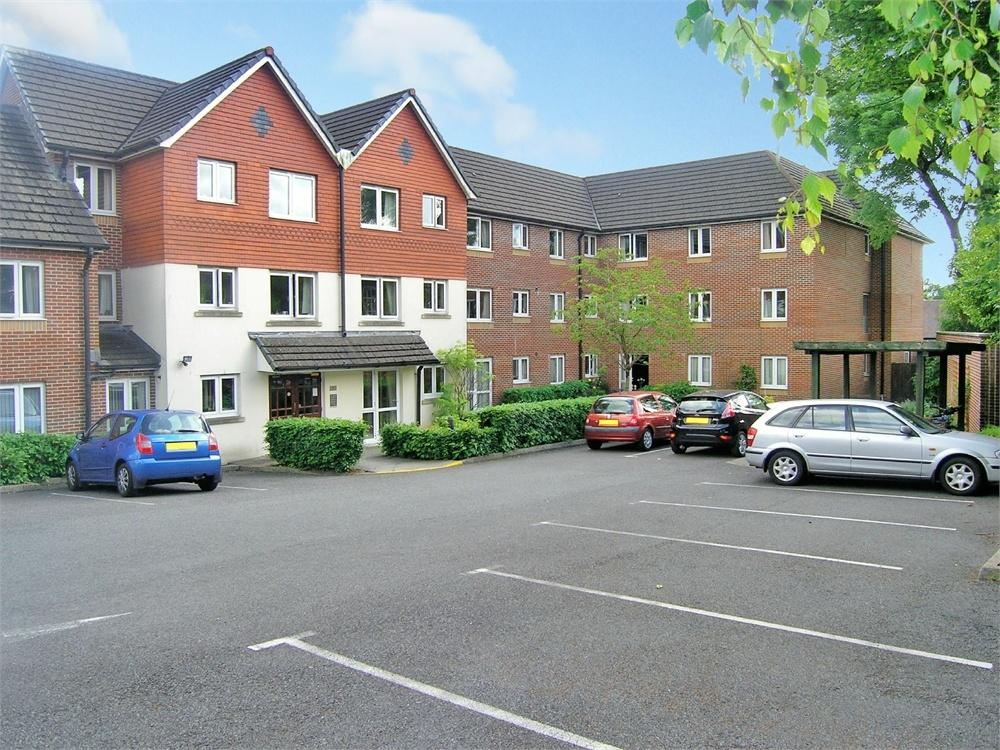 1 Bedroom Retirement Property for sale in Cedar Court, Fidlas Road, Llanishen, Cardiff