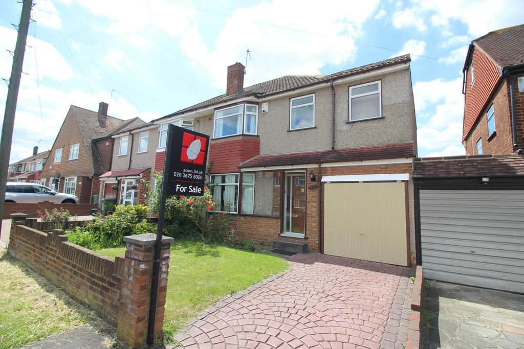 4 Bedrooms Semi Detached House for sale in Swanton Road Bexleyheath DA8