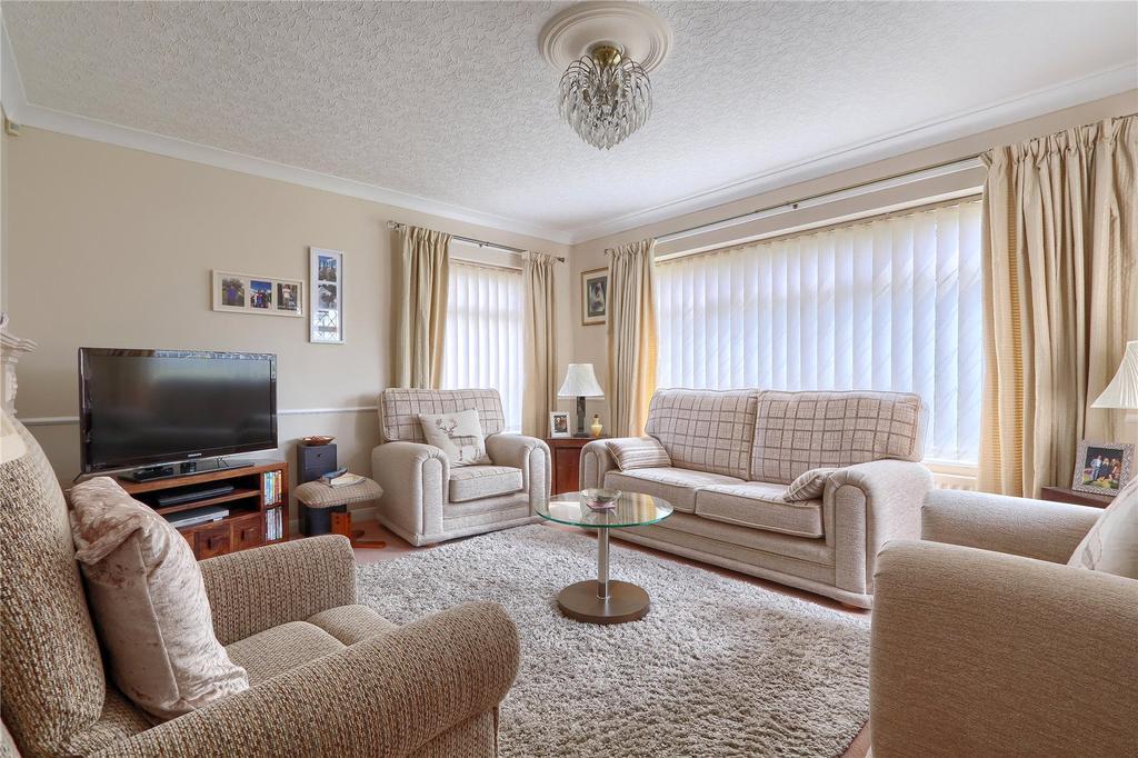 3 Bedrooms Semi Detached Bungalow for sale in Southdean Drive, Hemlington