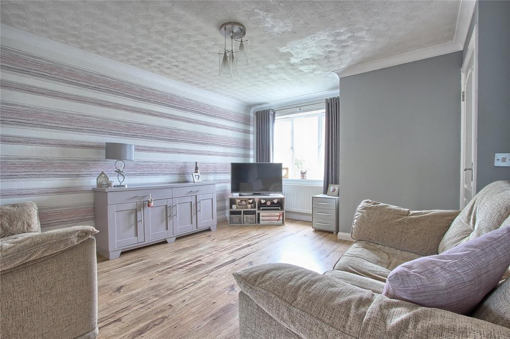 2 Bedrooms Terraced House for sale in Wembury Close, Redcar